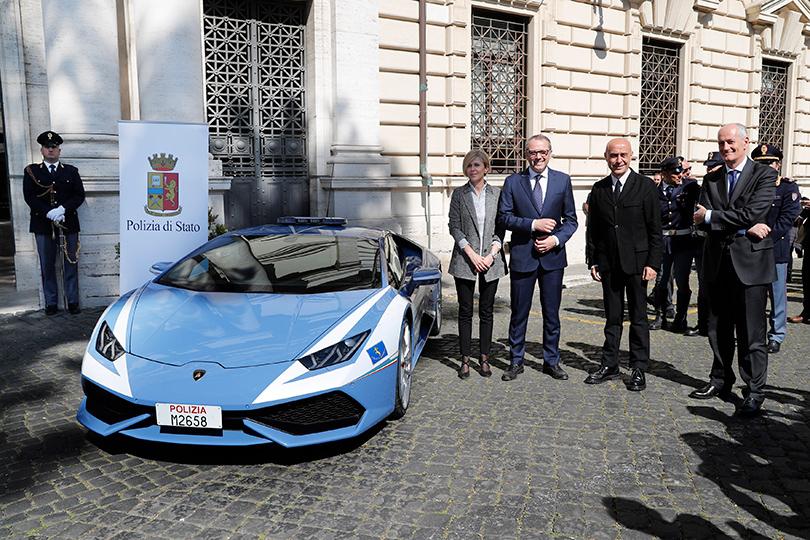 «Ламборгини» наслужбе итальянской полиции