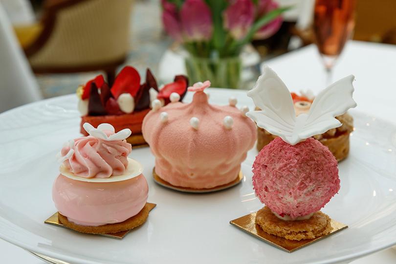 Идея дня: чайная церемония в The Lanesborough в честь принцессы Шарлотты и Елизаветы II