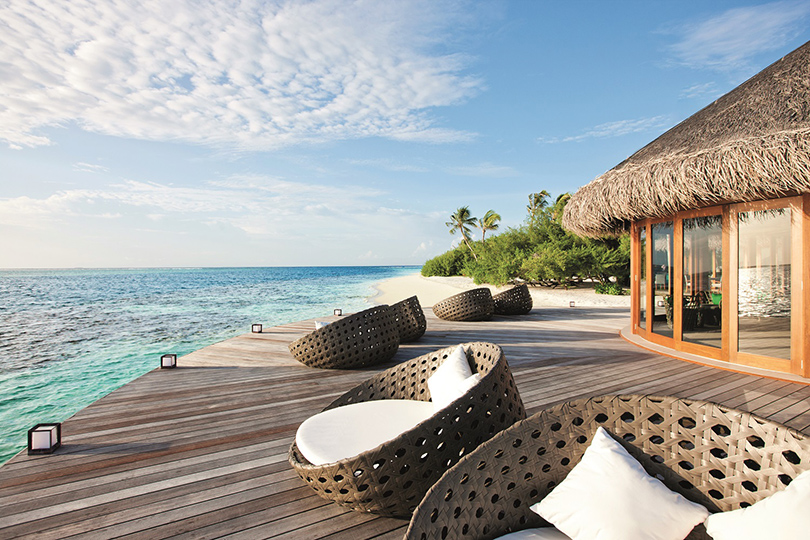 Идея наканикулы: 30% скидка наотдых вHideaway Beach Resort &Spa Maldives