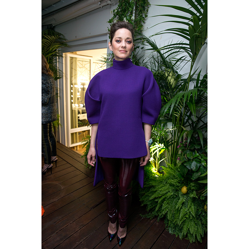 Star Look: Марион Котийяр на вечеринке Chopard в Каннах