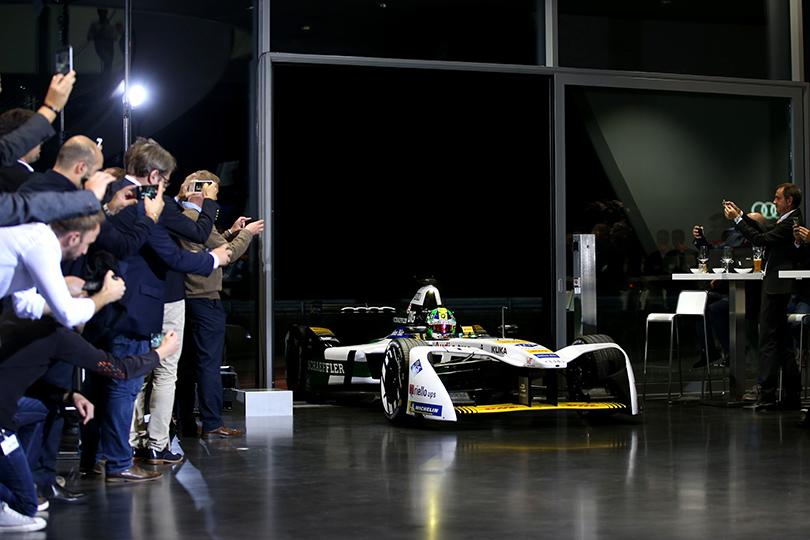 Сила тока: Audi представила свой первый гоночный автомобиль наэлектрической тяге