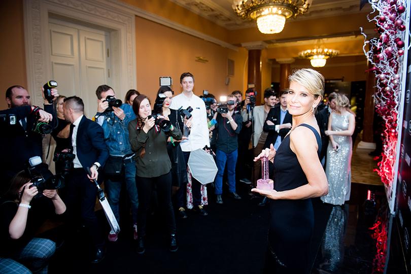 Светская хроника: победители игости премии «Женщина года— 2016» Glamour. Юлия Высоцкая