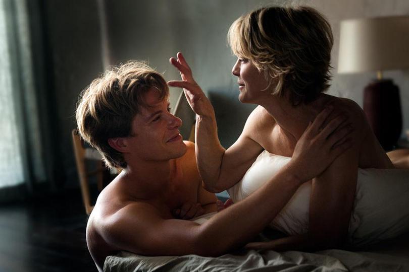 Неравный брак: мезальянс с точки зрения психотерапевта. Сцена из фильма «Тайное влечение»