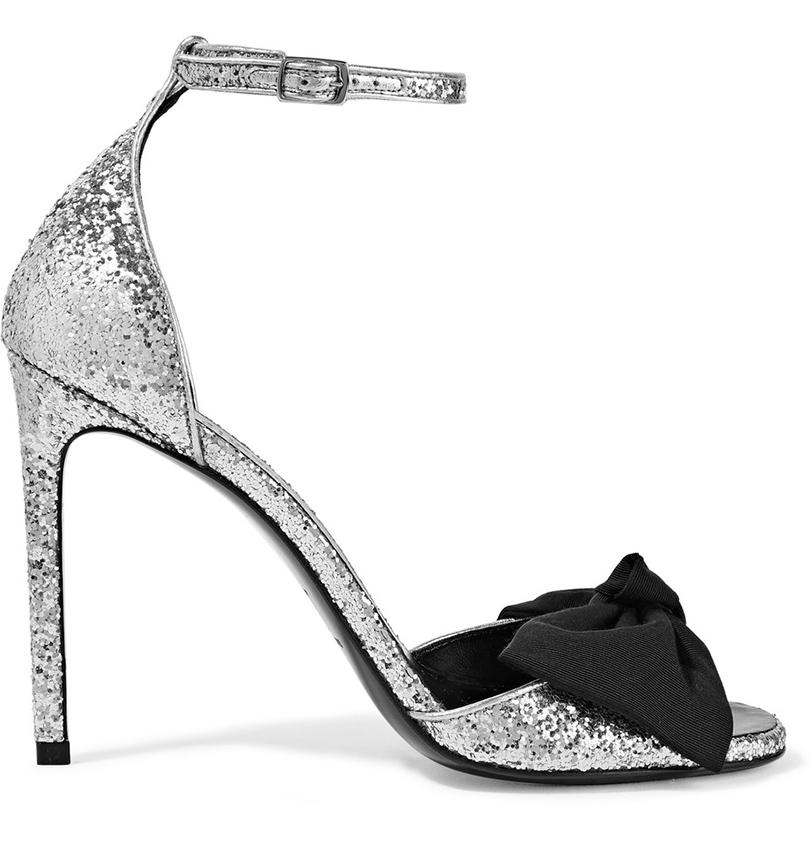 Новый год. Дресс-код: 28лучших пар обуви для новогодней вечеринки. Босоножки Saint Laurent встиле 80-х