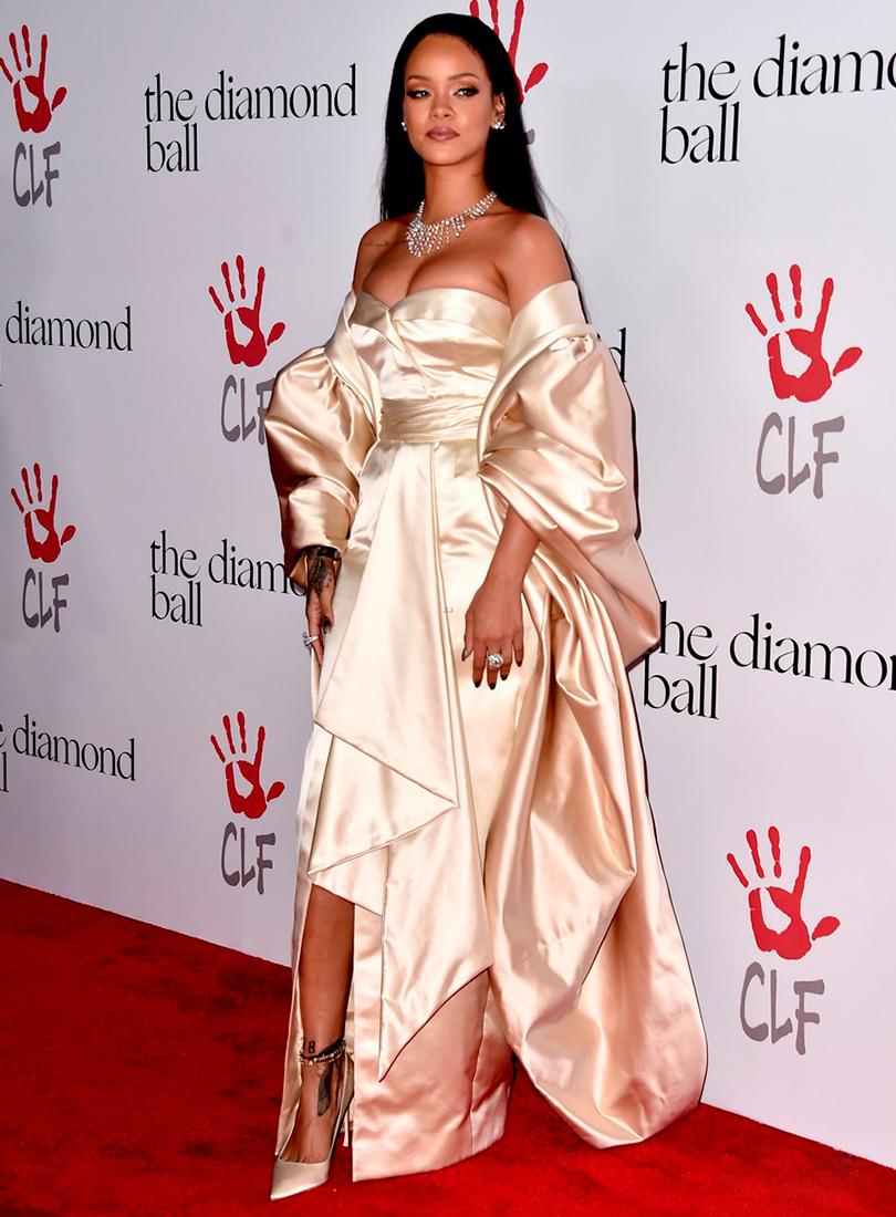 Рианна на благотворительном вечере Diamond Ball 2015
