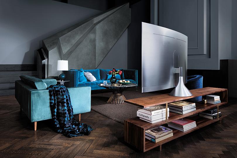 Впрямом эфире: старт продаж телевизоров QLED Samsung вРоссии