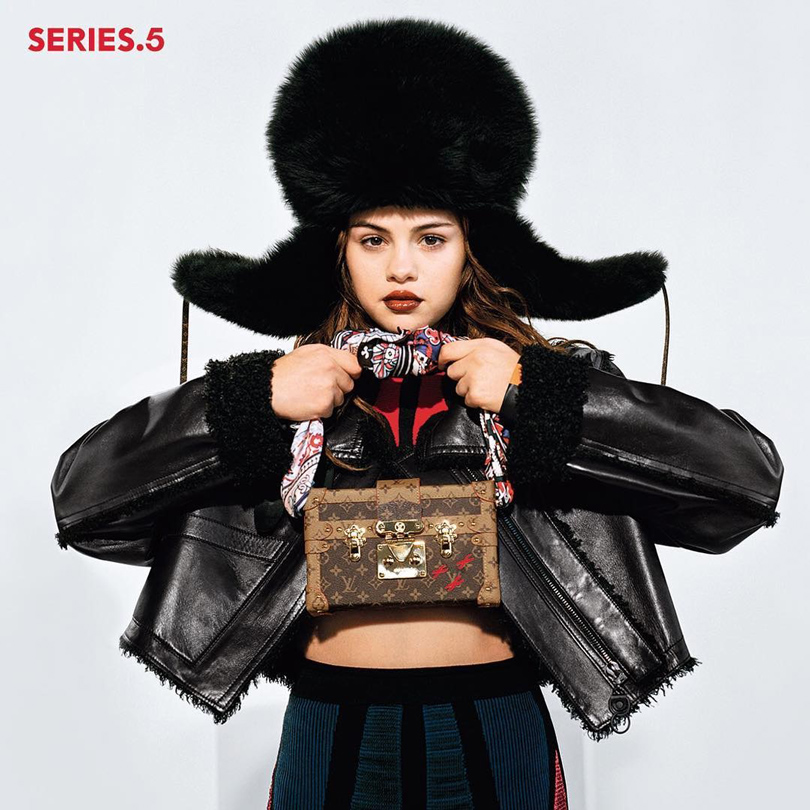Style Notes: Селена Гомес в новой модной съемке Louis Vuitton Series 5