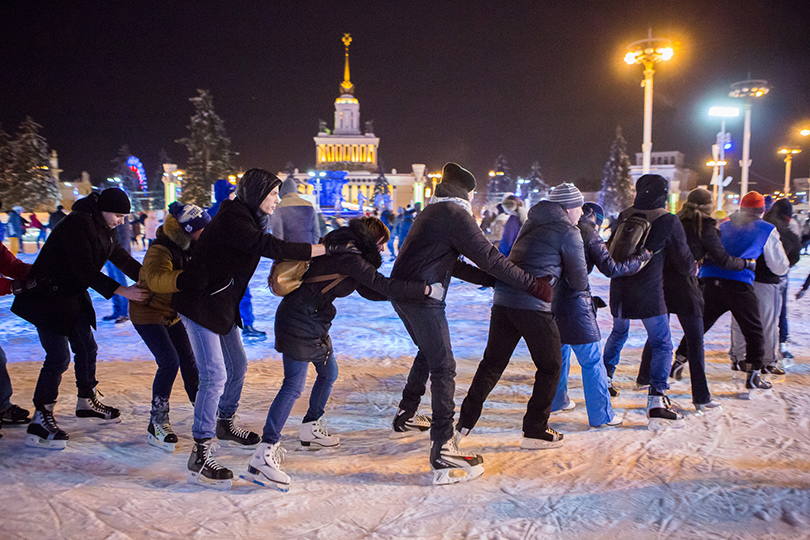 25 января — в Татьянин день — для студентов очной формы обучения и девушек по имени Татьяна на катке ВДНХ будут действовать скидки.