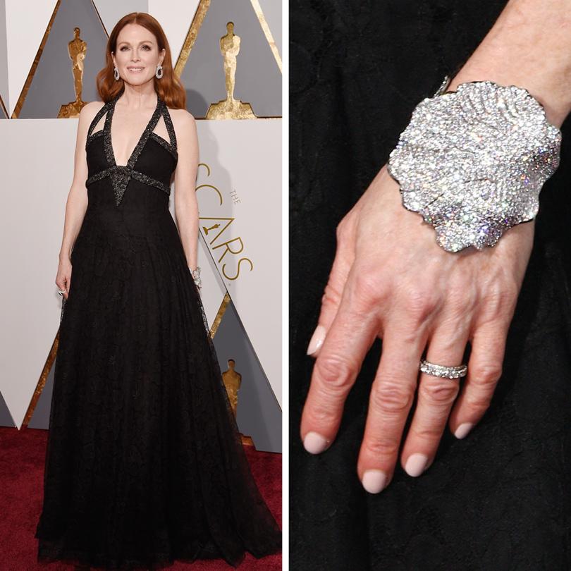 Ювелирные украшения звезд на церемонии «Оскар-2016»: Джулианна Мур в Chopard