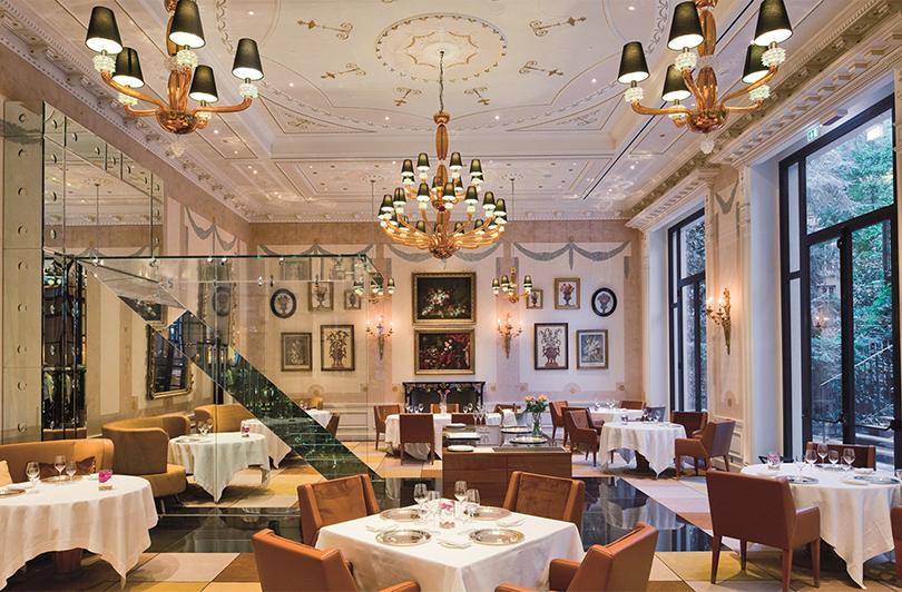 Новый год: рождественский сезон в миланском отеле Palazzo Parigi с приглашенным шеф-поваром Джанфранко Виссани