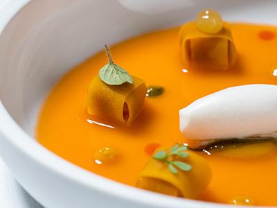 Любимые рестораны лучших шефов Москвы: 1. Osteria Francescana, Модена, Италия
