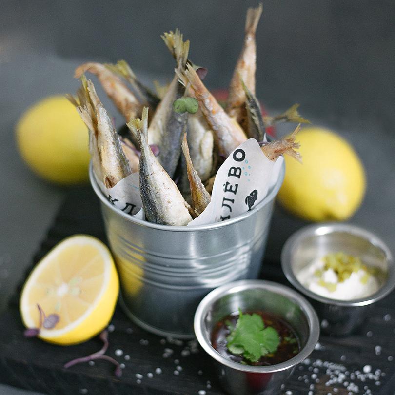 Рыбный ресторан «Клево». Ассорти барабульки иставридки вофритюре