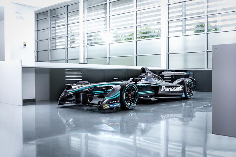 Авто: В гонке на электромобилях дебютирует Panasonic Jaguar Racing