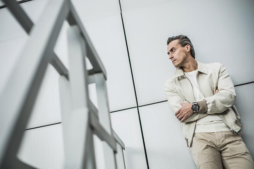 Men inPower: гонщик Роман Русинов, едущий полезвию ножа