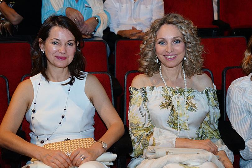 Кино с Еленой Романовой: не плачь по мне, Аргентина