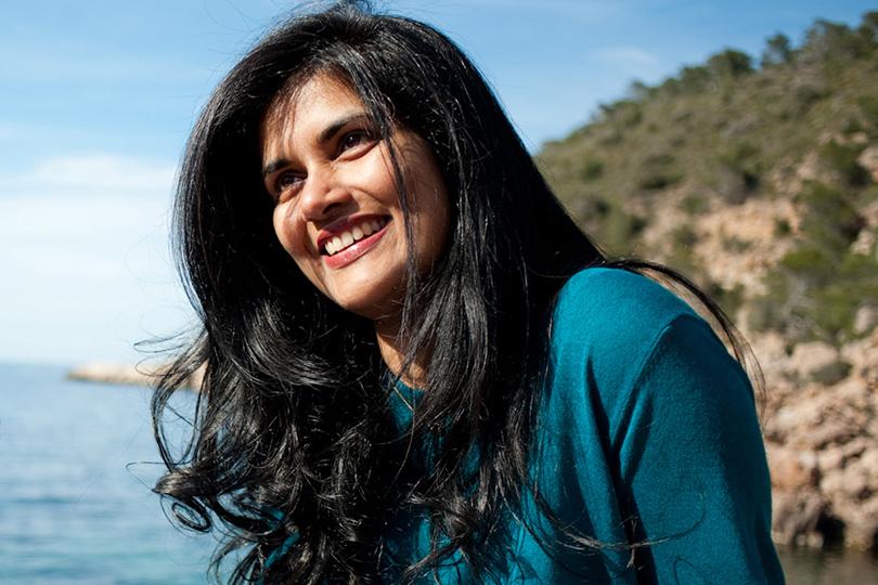 Основательница студии танцевального фитнеса Santhosh Retreats Сами Ноордин