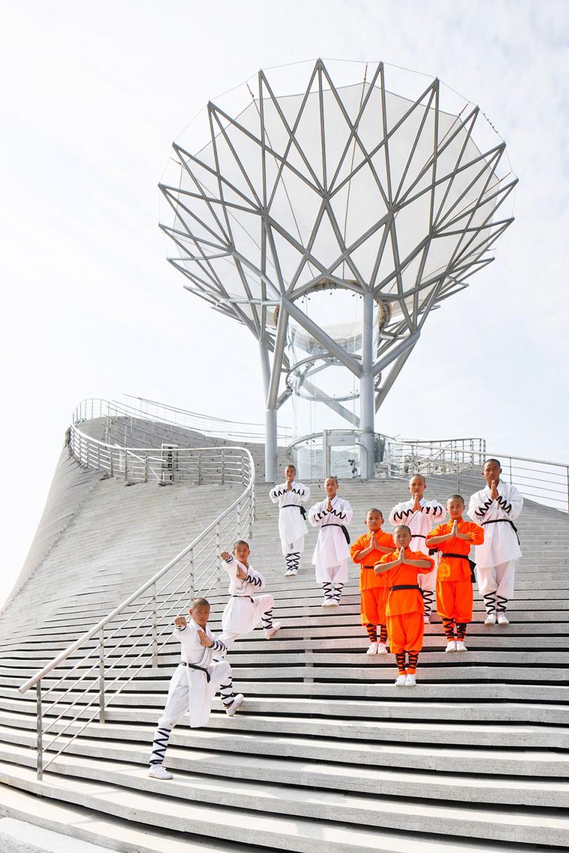 Левитация возможна: архитектор изЛатвии построил «Храм летающих монахов»