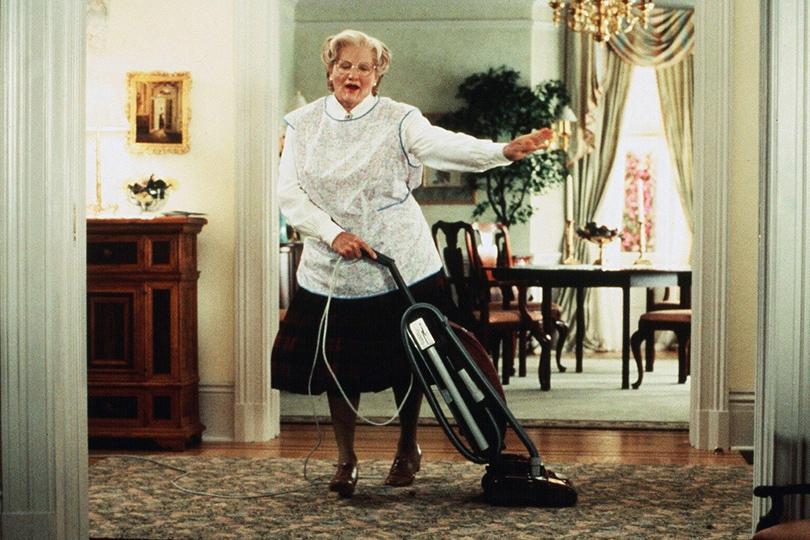 Что посмотреть ввыходной: пять комедий, проверенных временем. «Миссис Даутфайр» (1993)