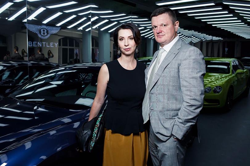 Светская хроника: премьера новых моделей Bentley на выставке Bentley. Be Extraordinary. Светлана и Анатолий Францевы