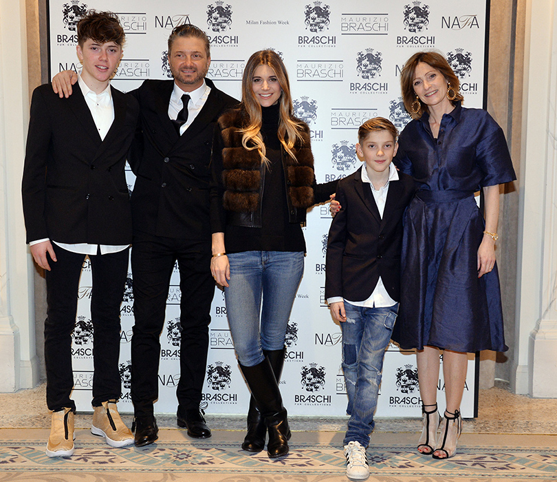Маурицио Браски с семьей и Николеттой Романовой