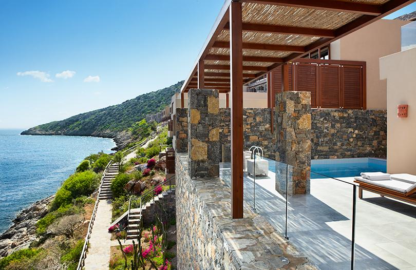 Идея на майские: вилла с видом на море или истина в вине в Daios Cove Luxury Resort & Villas