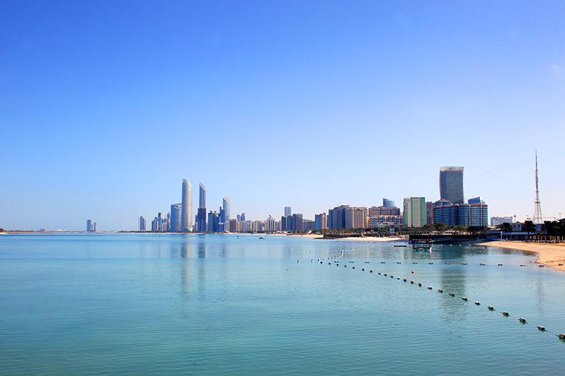 Идея на каникулы: 10 причин поехать в Абу-Даби весной.  Отель Hilton Abu Dhabi