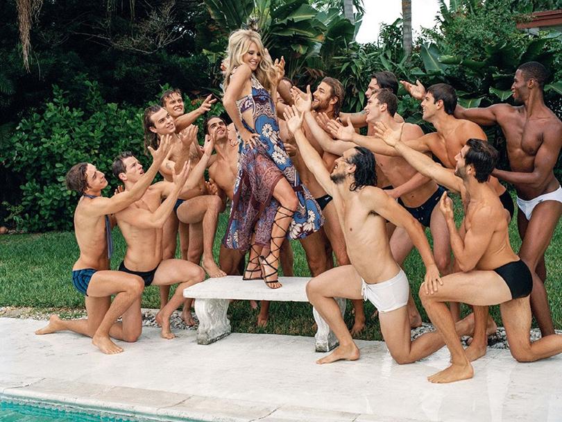 Total Beauty: 63-летняя Кристи Бринкли в Sports Illustrated и другие модели «50+». Кристи Бринкли всвежей рекламе универмага Barney's