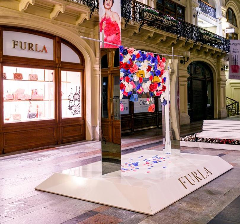 Shoes & Bags Blog: Furla и современное искусство
