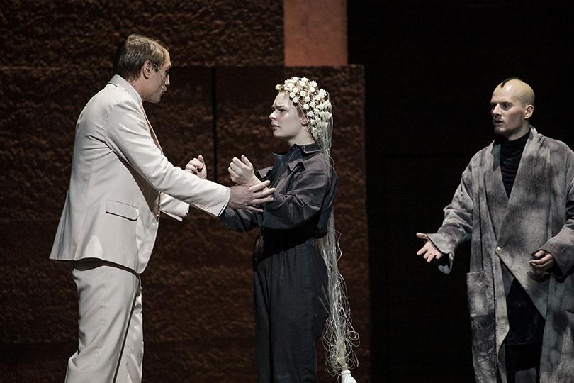 КиноТеатр: «Ивонна, принцесса Бургундская». История молчаливого большинства