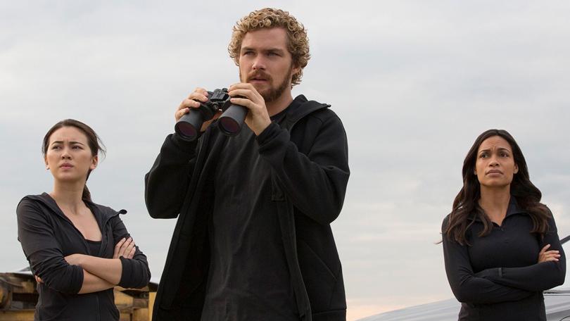 Что смотреть этой весной: 10самых интересных сериалов сезона. «Железный Кулак» (Iron Fist)