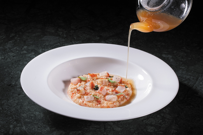 Суп изморского ерша сосвежей пастой фраскарелли исвежими помидорами
