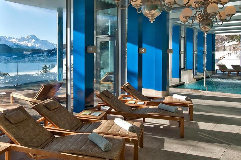 Carlton Hotel побалует участников программы Santhosh Retreats терапевтическим массажем в спа-центре