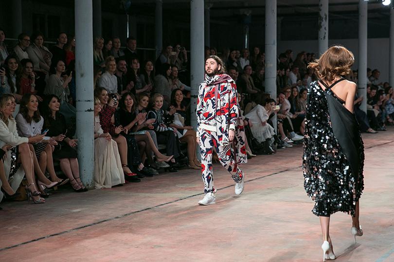 Вкачестве модели выступил даже светский промоутер ибольшой друг Александра Терехова Михаил Друян