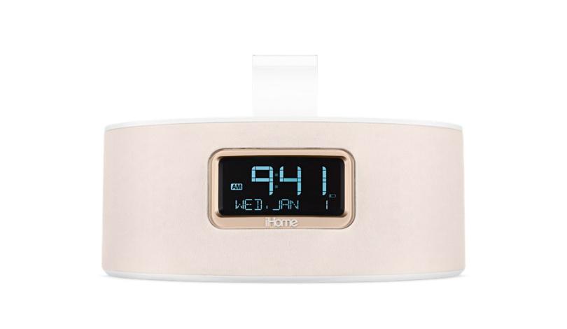 Стильный гаджет, совмещающий в себе будильник, док-станцию и держатель для вашего iPhone, iPod или даже iPad iHome iDL46 Stereo Clock Radio with Lightning Dock