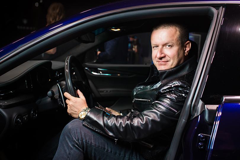 Светская хроника: первый кроссовер Maserati в Москве.  Бизнесмен Олег Климов