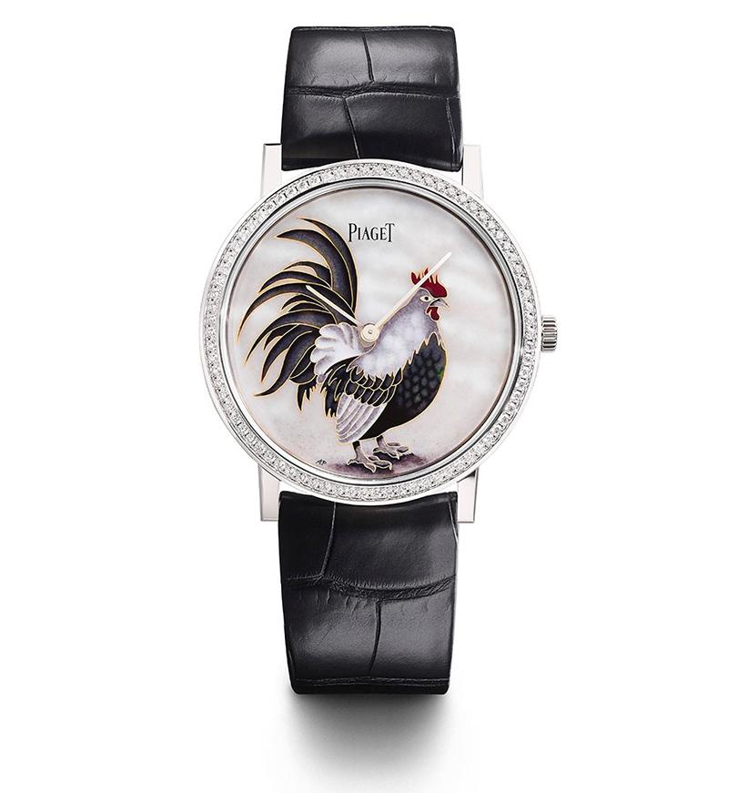 Дом Piaget также отдал дань символу наступающего года. Над дизайном часов Altiplano Year of the Rooster работала Анита Порше