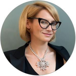 Эвелина Хромченко знает обаксессуарах если невсе, тогораздо больше многих звезд Голливуда