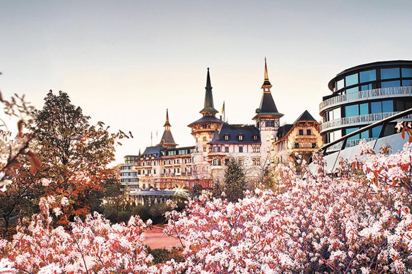 Идея наканикулы: Пасха вевропейских отелях. Цюрих, Швейцария: отель The Dolder Grand