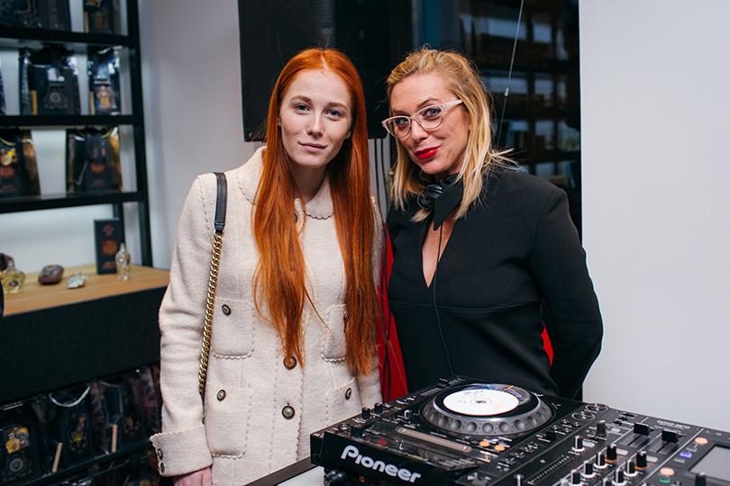 Открытие бутика «Molecule Project Патриаршие»: Саша Федорова и Маргарита Митрофанова