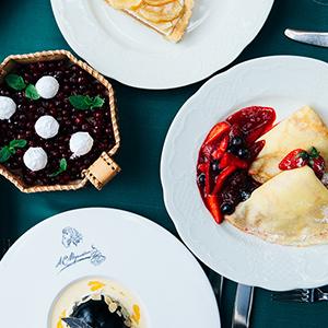 Москва встиле Jaguar: бизнес-гид Posta-Magazine посамым полезным адресам столицы. «Кафе Пушкинъ»