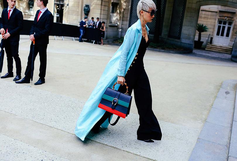 Street Style: лучшие образы на неделях мужской моды. Модный редактор Эстер Куэк