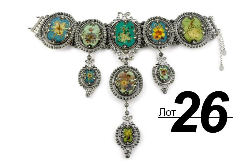 Сподиума— нааукцион: Sotheby's выставил наторги прототипы украшений споказов Dior. «Ожерелье Кейт Мосс» (лот 26)
