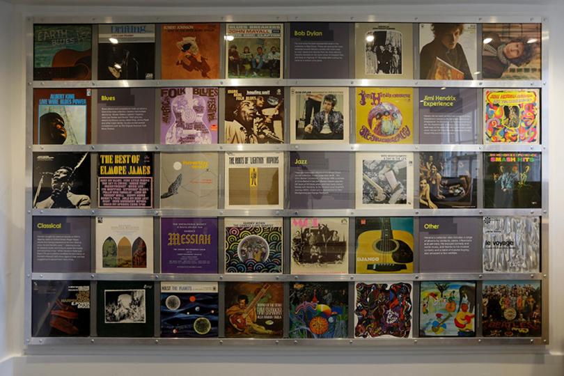 Музыкальная коллекция Хендрикса, восстановлением которой занимался музыковед Кристиан Ллойд