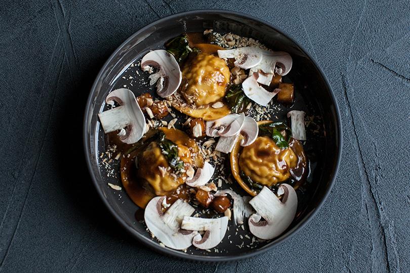 Грибная дюжина: что готовят вмосковских ресторанах избелых грибов. «Фаренгейт»