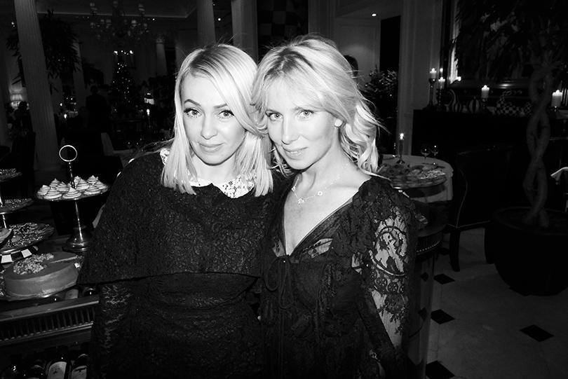 Яна Рудковская и Светлана Захарова