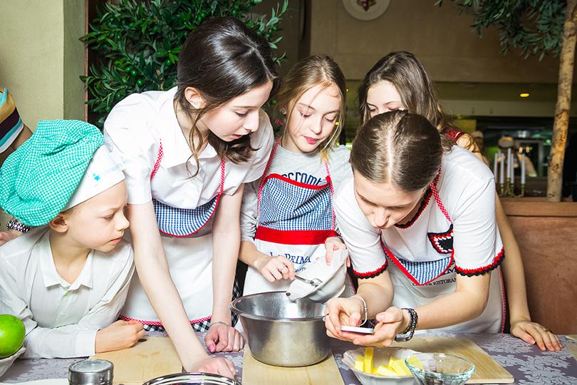 Posta kids club: семейный table talk с Дарьей Михалковой
