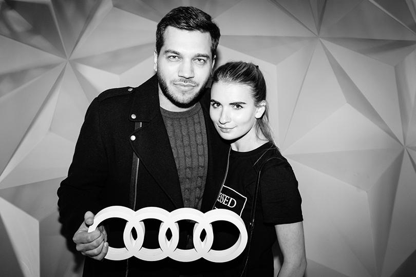 Тест-драйв в космосе с Audi в универмаге «Цветной»: Павел Бобров и Мария Колосова