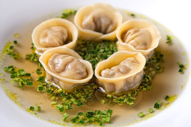 Грибная дюжина: что готовят вмосковских ресторанах избелых грибов. Maritozzo