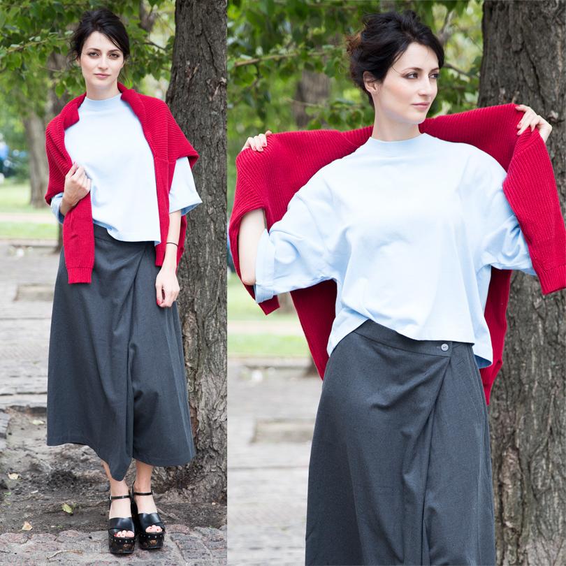 Хлопковый топ ивязаный свитер изполиэстера H&M, юбка-брюки изхлопковой ткани Monki, кожаные туфли Prada