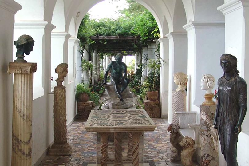 Дом как музей: как оформить интерьер античными скульптурами. Вилла Сан-Микеле, Анакапри (Viale Axel Munthe, 34)